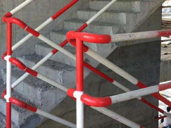 施工临边楼梯防护栏杆