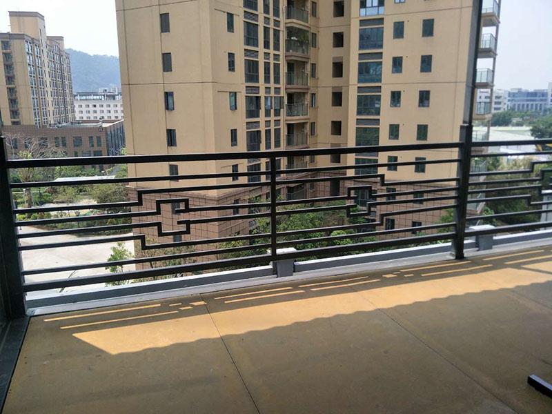 箱房阳台护栏